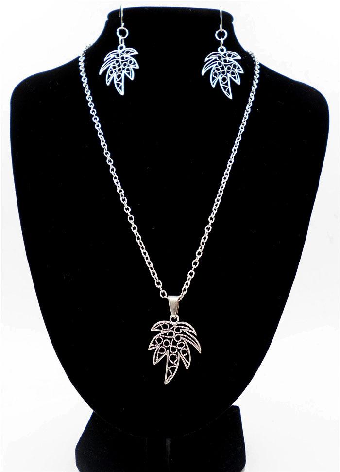 Fashion jewelry decorations tree leaf design unique charm lariat