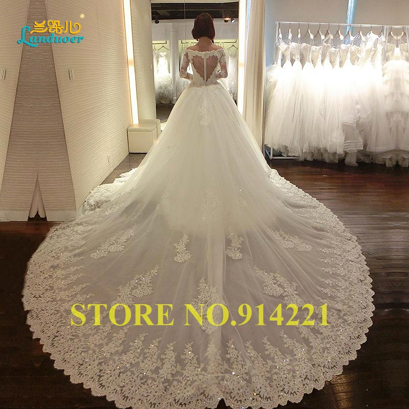 Luxury cathedral train wedding dresses 2016 appliques for Wedding dress long train