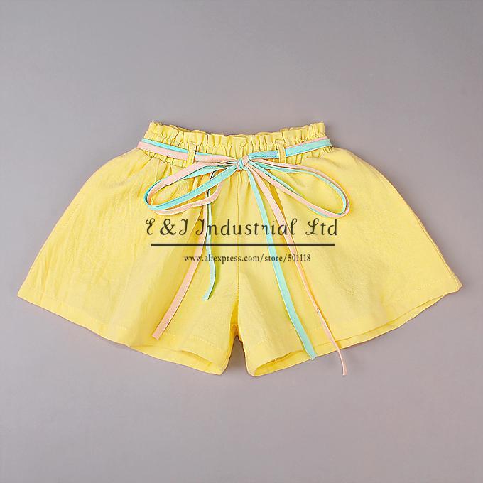Лето девочка шорты желтый дети брюки младенцы с зеленый ремень дети одежда дети
