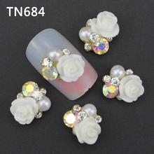 10Pcs/Pack White Roses Flower With Pearl Nail Tools Rhinestones For Nails Alloy Glitters DIY 3D Nail Art Decorations TN684