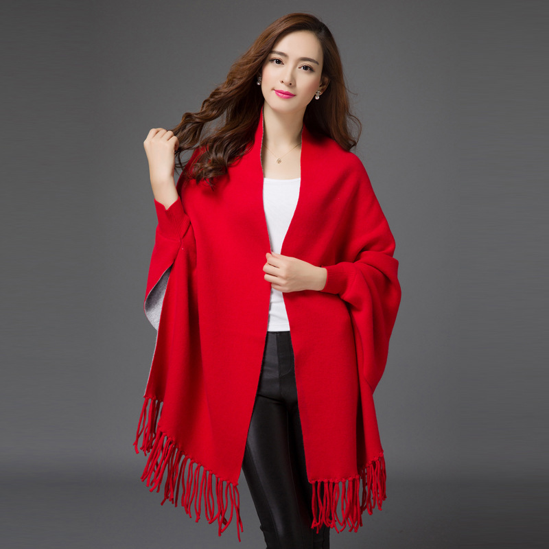 2015 autumn new Europe womens capes and ponchoes Tassel hem loose batwing sleeve cardigan sweater Y1012-266DОдежда и ак�е��уары<br><br><br>Aliexpress