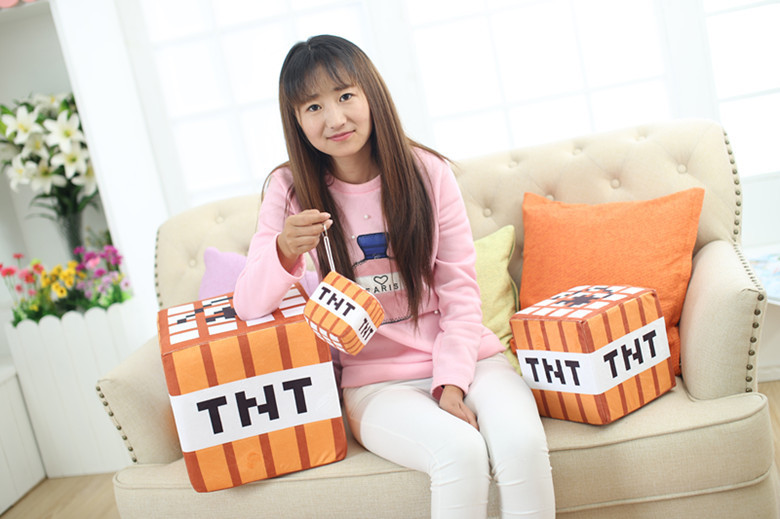 TNT - THE NEW TREND / designer fashion for both men and women.