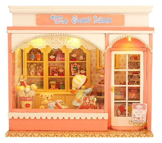 Free Shipping Creative products DIY miniature furniture wooden dollhouse cute kawaii candy store with light music special gift(China (Mainland))