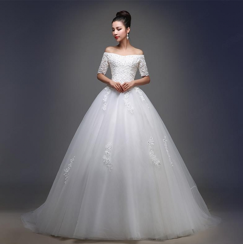 Wedding Dress A Line Boat Neck Half Sleeve Court Train Lace Wedding