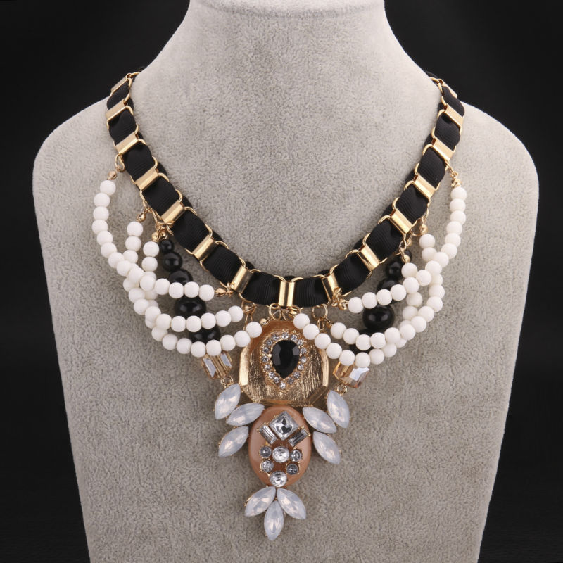 Fashion bohemia chocker necklace women evening dress for Costume jewelry for evening gowns