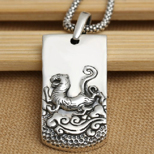 Handmade S925 pure silver tiger pendant vintage thai sterling silver the Chinse zodiac tiger necklace pendant jewelry gift<br><br>Aliexpress