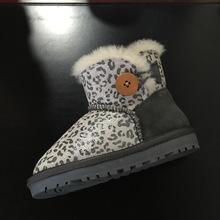 Australia nieve botas Zapatos y botas de piel de Oveja multicolor botón de envío directo de la fábrica entrega gratuita(China (Mainland))