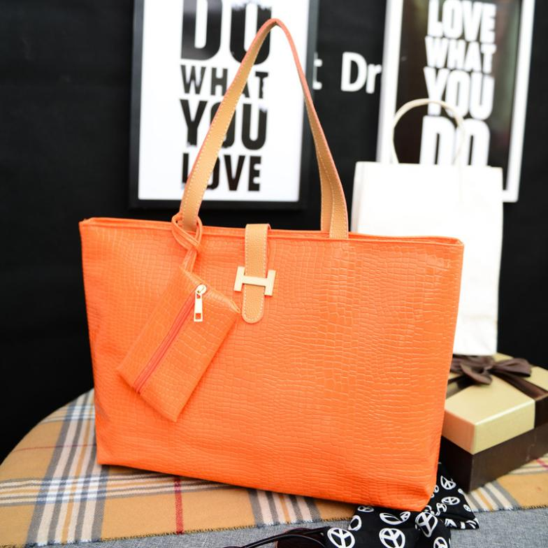 2015 New alligator grain vintage women shoulder bags red party ladies totes high quality designer brand girls leather handbags(China (Mainland))