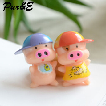 Resin solid wheat pocket pig hand jewelry accessories micro landscape accessories resin and wheat pocket pig(China (Mainland))