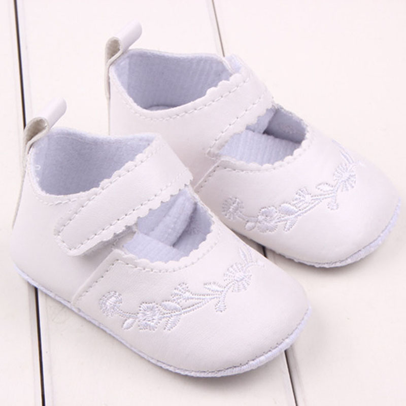 Retail 2016 Newborn Baby Girl Shoes Prewalker First Walkers Lovely Sneakers Infant Kids Girls Princess Shoes Free Shipping
