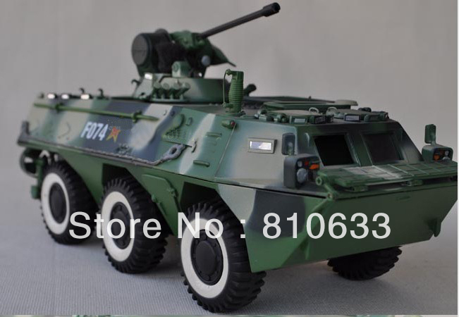 free shipping 2012 promotion1:24 China Military model war chariot model metal Armored vehicles(China (Mainland))