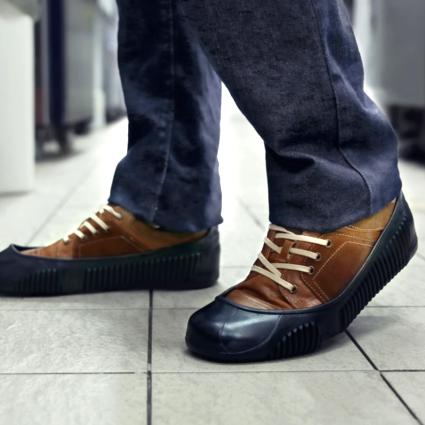 2015 tigergrip ligero impermeable zapato antideslizante cubre hombre cocina del hotel de trabajo - Zapatos antideslizantes cocina ...