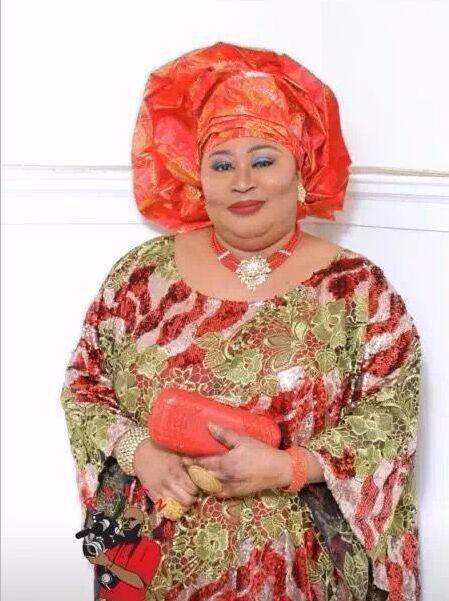 2019 Последние Французский нигерийские кружева ткани Высокое качество бусины Тюль HTB1FVUBKVXXXXbwXXXXq6xXFXXXD
