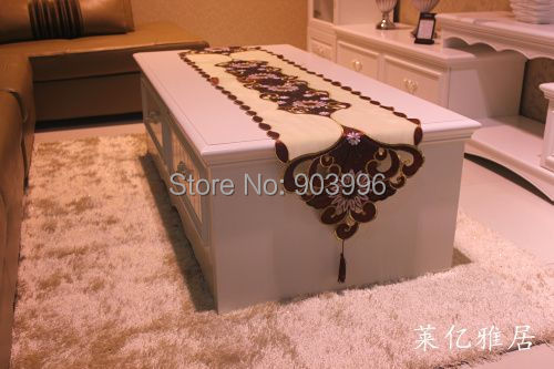 LYYJ007-Free Shipping-new wine red chameleon trade embroidered table runner Continental rustic coffee table TV cabinet cloth(China (Mainland))