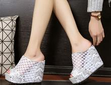 2016 new summer women high heel sandal net fashion lady sildes women wedges slipper