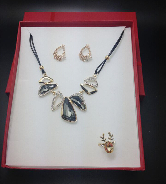 (6pcs / 1lot) Wholesale 16cm * 19cm *3cm Necklaces earrings rings sets box jewelry box large gift box free shipping