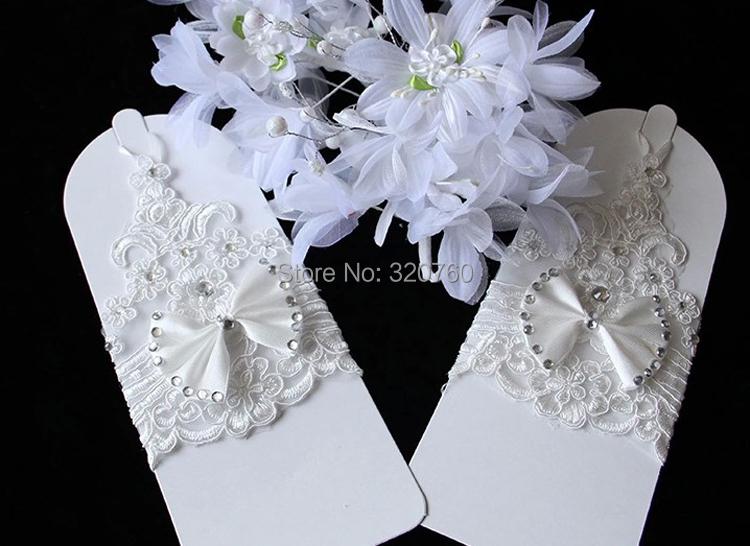 New Korean Fashion Wrist Flower Lace Diamond Bridal Gloves Wedding Gloves Dress Short Paragraph Mitts