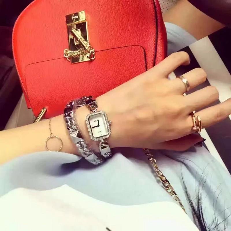 Летняя Мода Девушки Смотреть 2 Слоев Браслет-Цепочка Часы Корейский Стиль Платье Наручные Часы Новые часы для женщин reloj mujer