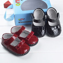 Baby Red Girls 100% Genuine Leather Moccasins Soft Soled Toddlers Shoes Pre-walker Newborn Infant Kids Shoes For Babies 0-24M(China (Mainland))