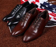 Classic Vintage Carved men's Genuine Leather Dress Weddng Party Shoes Pointed Toe Oxford Brogue Lace-up Handmade Flat shoes Men(China (Mainland))