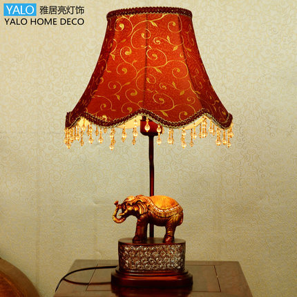 Elephant lamp E27 lamp charming retro Southeast Asian style living room / bedroom / study desk lamp(China (Mainland))