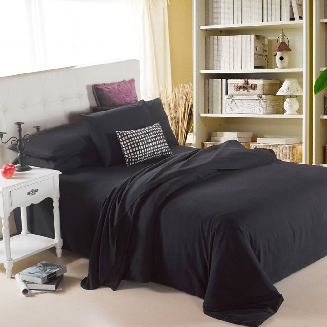 4 Piece Polyester Bed Sheet Set Comforter Set Black, 1.5M(China (Mainland))