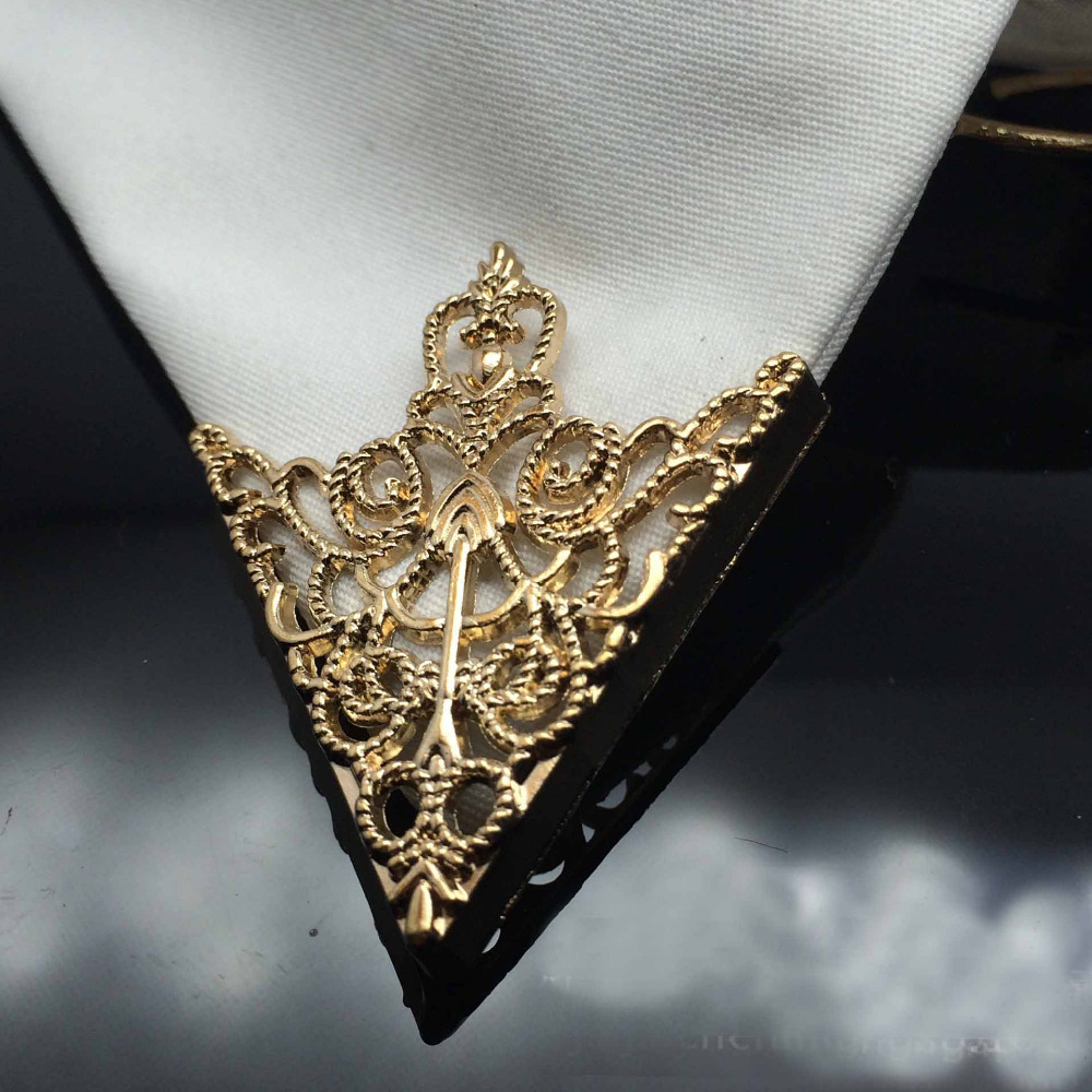 Fashion alloy gold rose plated Hollow pattern collar angle Palace retro Triangle shirts brooch pin collar women men Jewelry