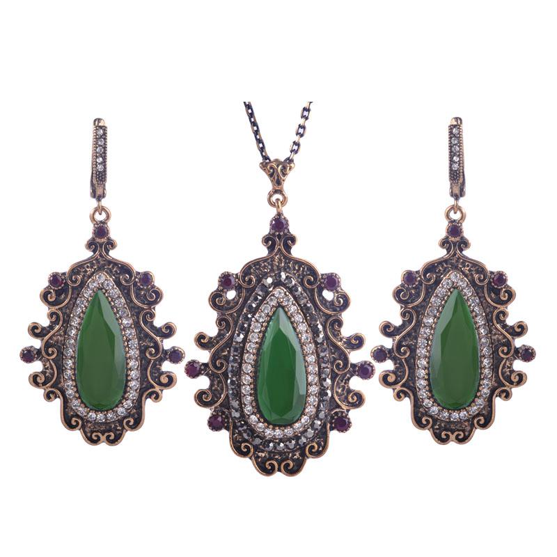 Bijoux Vintage Online : Acquista all ingrosso a buon mercato bigiotteria da