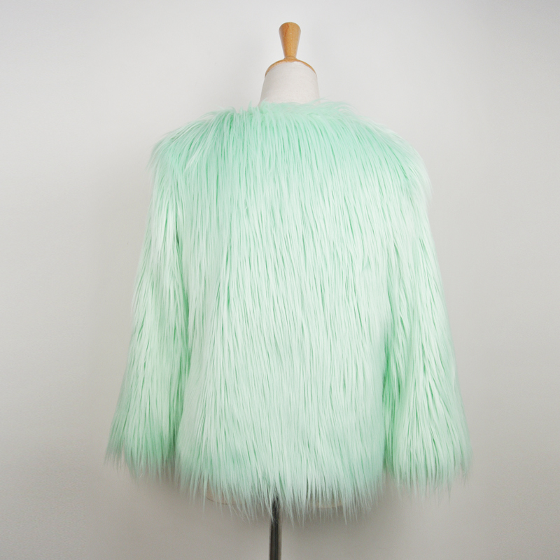 Фотография 2015 New Arrival Fashion Green Long Hair Fur Short Coat For Women High Quality Faux Ostrich Feather Leather Jackets Overcoat