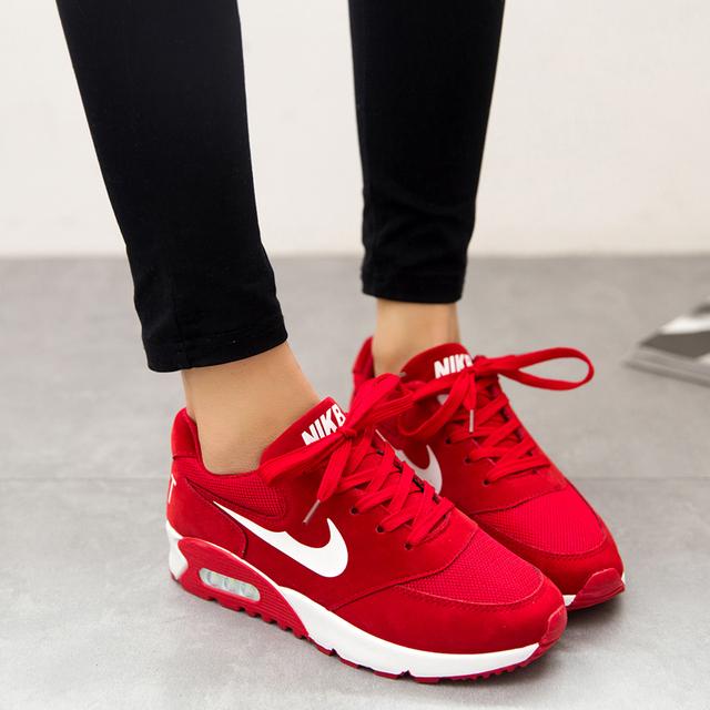 Nike Mujeres 2016
