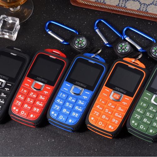 2015 NEW ML18 A3 GSM old man senior phones mobile Cell phone flashlight FM Radio Russian keyboard Language B30 B36 Free shipping(China (Mainland))