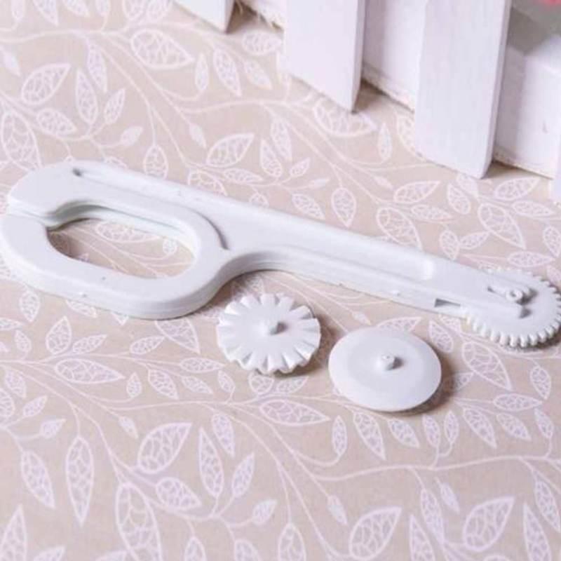 Useful DIY Fondant Cutter Embosser Roller Sugarcraft Cake Decor Wheel Tool Set(China (Mainland))