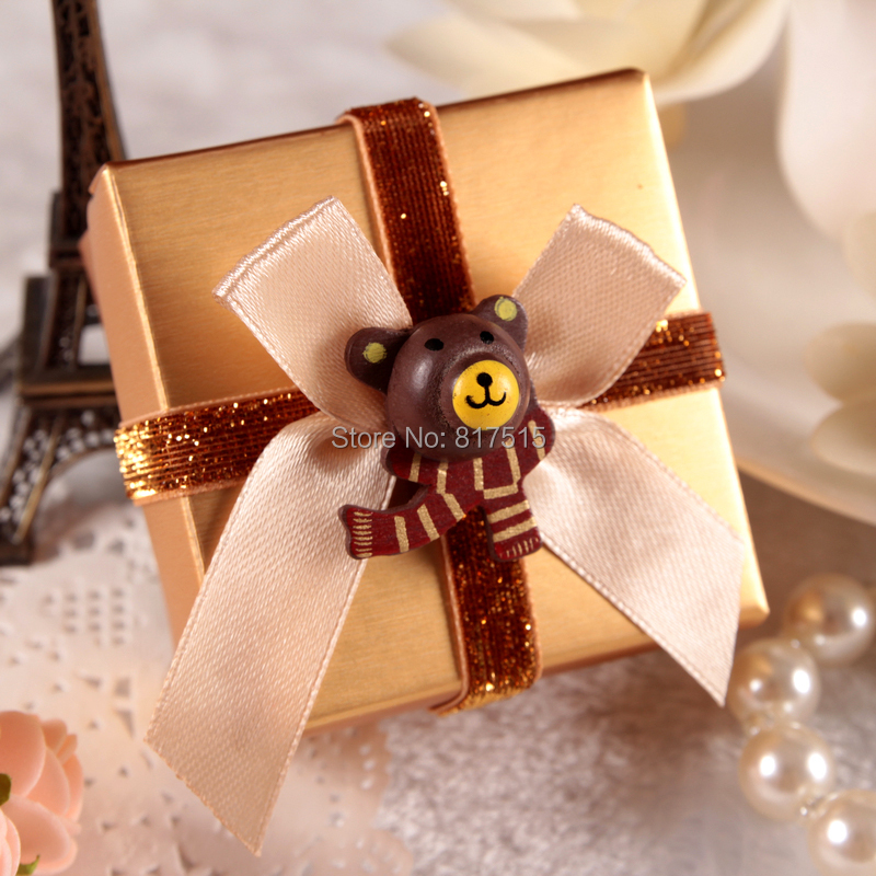 66*65*40mm Gold Chocolate Favor boxes Valentines gift packaging box with the Classic bear and the ribbon Wedding candy box(China (Mainland))