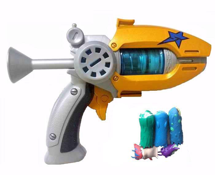 Hot Sale Cartoon Anime Slugterra Play Shot Gun Toy Give 3 Bullets&2 Slugterra Action Figure As Presents, Boy Toy Pistol Gun Gift(China (Mainland))