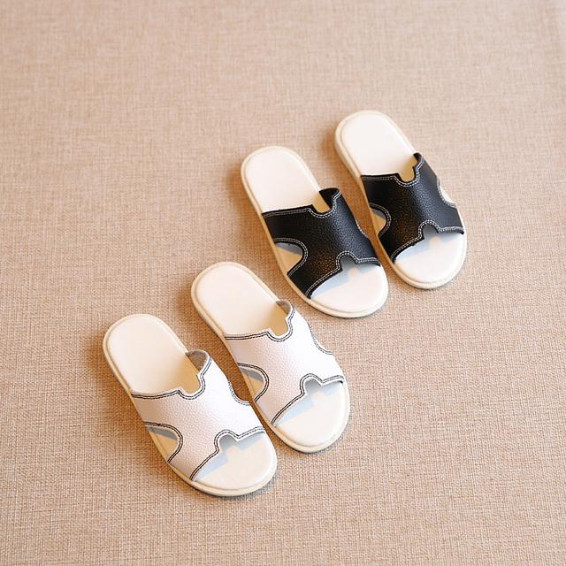 T2016 Летние Новых Детская Обувь Сандалии Мальчики Занос Тапочки Домашние Сандалии Тапочки Девушки Детская Обувь Белый Черный