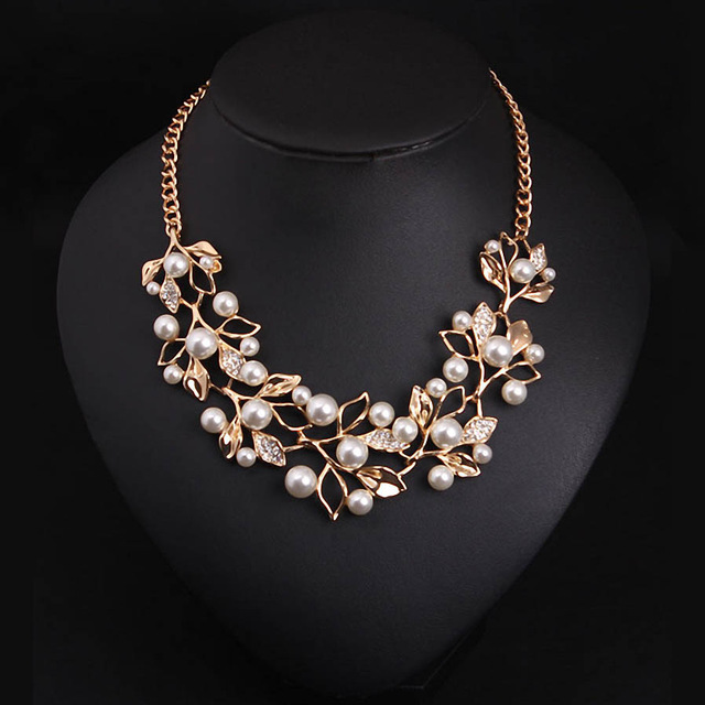 2016 New Fashion Imitation Pearl Rhinestone Flowers Leaves Metal Gold/Silver Plated Statement Necklace Women Jewelry For Gift(China (Mainland))