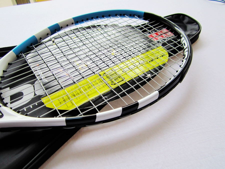 Brand new High quality white-blue carbonic tennis racket/racquet/racket Equipped tenis/tennis string and bag size 4 1/4 4 3/8(China (Mainland))