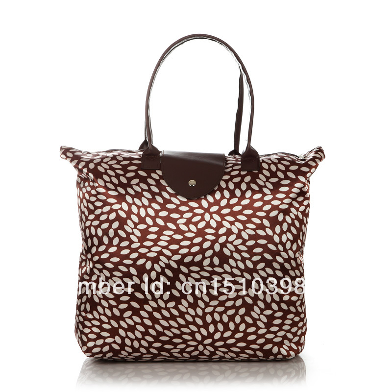 fashion shopping bags,can flod to make another small bags,many color,suit for all seasons,fashion and casual,(China (Mainland))