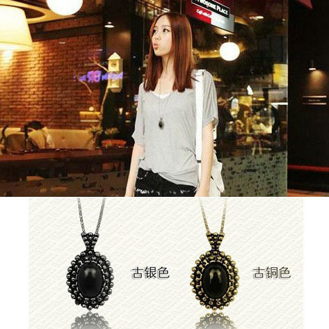 Top Selling Retro Carved Black Crystal Long Women Sweater Necklaces & Pendants Suspension Comprido Colar Necklace D6R3C(China (Mainland))