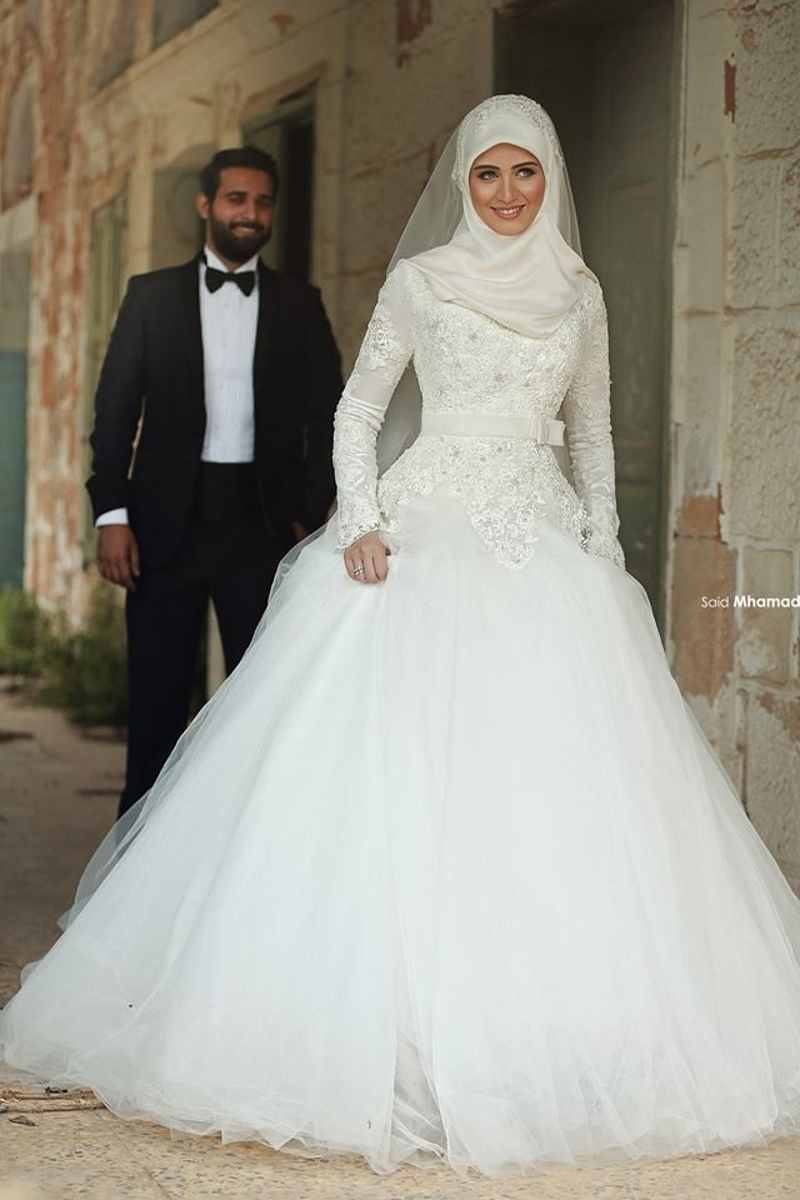Wedding Gift For Muslim Bride : Hot Sale Muslim Long Sleeve Lace Wedding Dresses Appliques A Line ...