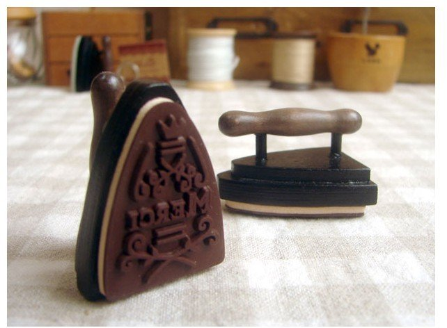 Freeshipping! New vintage iron shape French merci stamp/ DIY funny Work/ gift wooden Stamp/Wholesale<br><br>Aliexpress