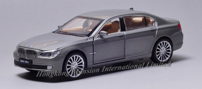 New 132 Car Model For BMW 760Li (7)