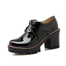 ESVEVA 2020 Đỏ Đen Bằng Sáng Chế Da Phụ Nữ Giày Dày Cao cấp Máy bơm Mũi Tròn Đế PU phối ren Giày thường size Lớn 34-43(China)