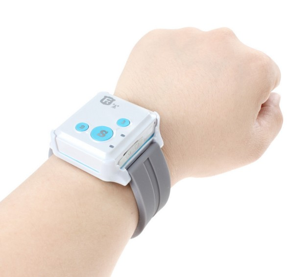 mini personal lbs tracker bracelet tracker small kids tracker with android app tracking and sos emergency call RF-V18 NO box(China (Mainland))