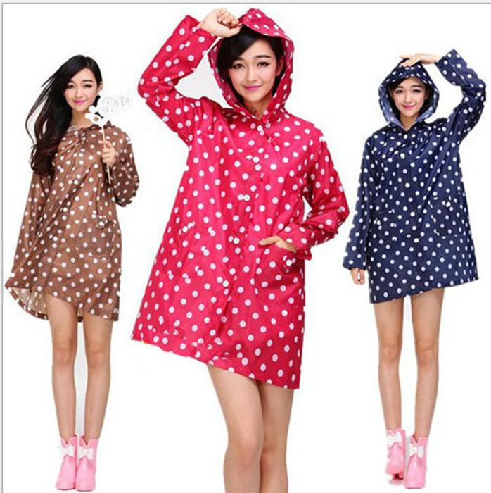 New Fashion Korea Lovely Trench Coat Rainwear Super Waterproof Polka Dots Split Button Women Raincoat Rain-proof Poncho(China (Mainland))