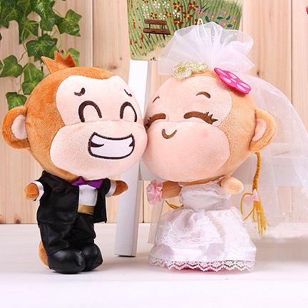 25cm 1 Pair Wedding Dress Laugh Monkey Wedding Doll Plush Toy Stuffed Animals Gift(China (Mainland))