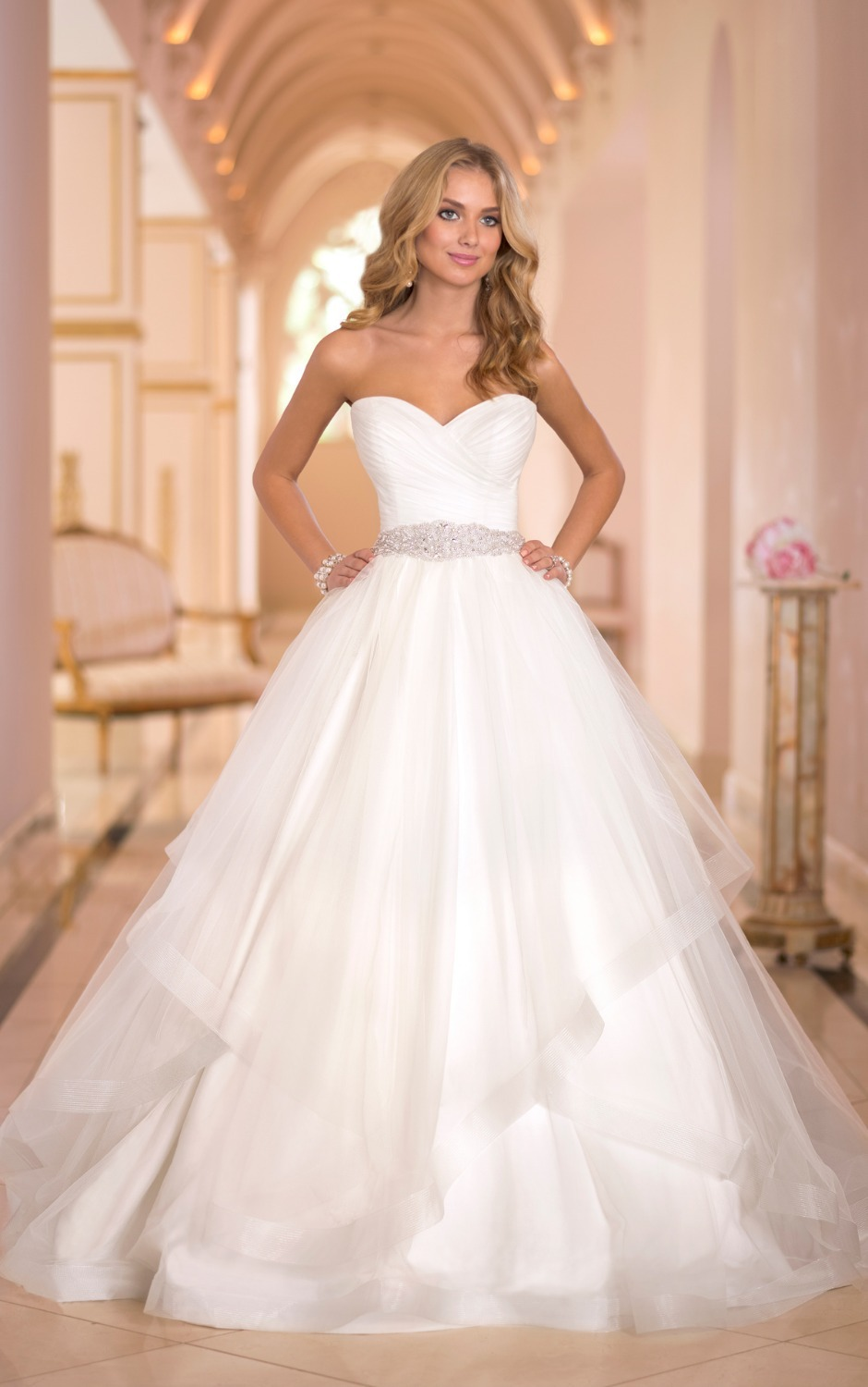 Dons Bridal Tulle Ruched Sweetheart Neckline Strapless Ball Gown Floor Length Court Train