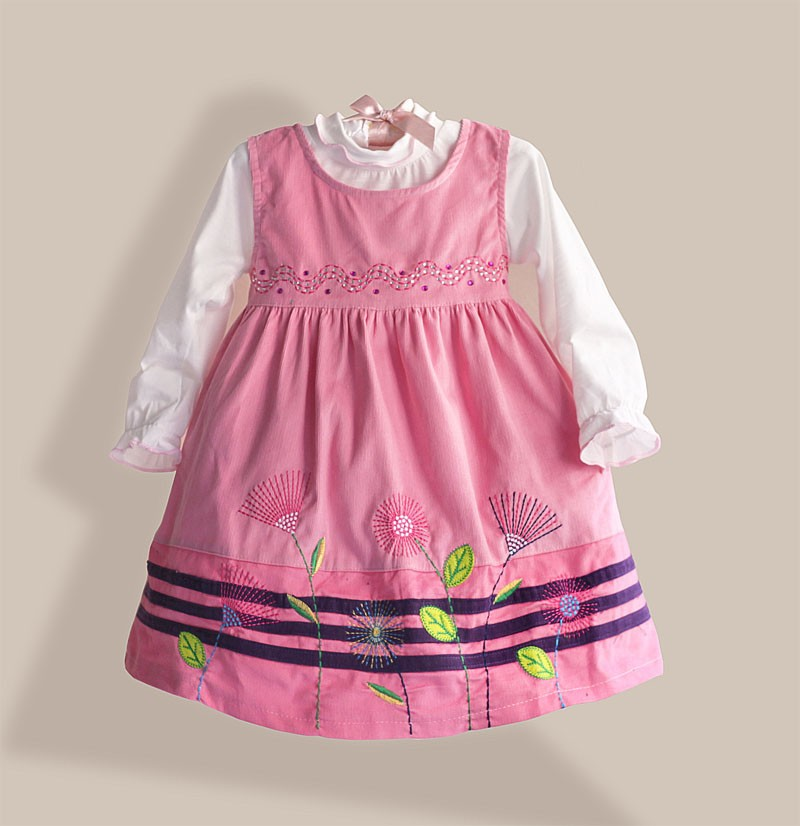 girl embroidery dress with blouse velet  girls Christmas clothing sets casual vintage fashion<br><br>Aliexpress