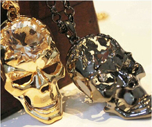 free shipping punk rock Skull Jewelry Unqiue Big Crystal Skull Necklace sweater chain free shipping Ornaments