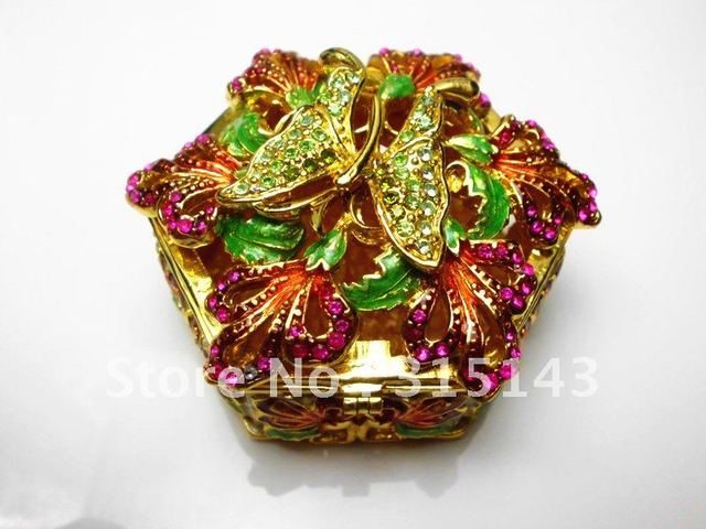 Wholesale(70pcs Pack)-2012 new butterfly animal sharp bronze plated pewter Alloy metal jewelry box